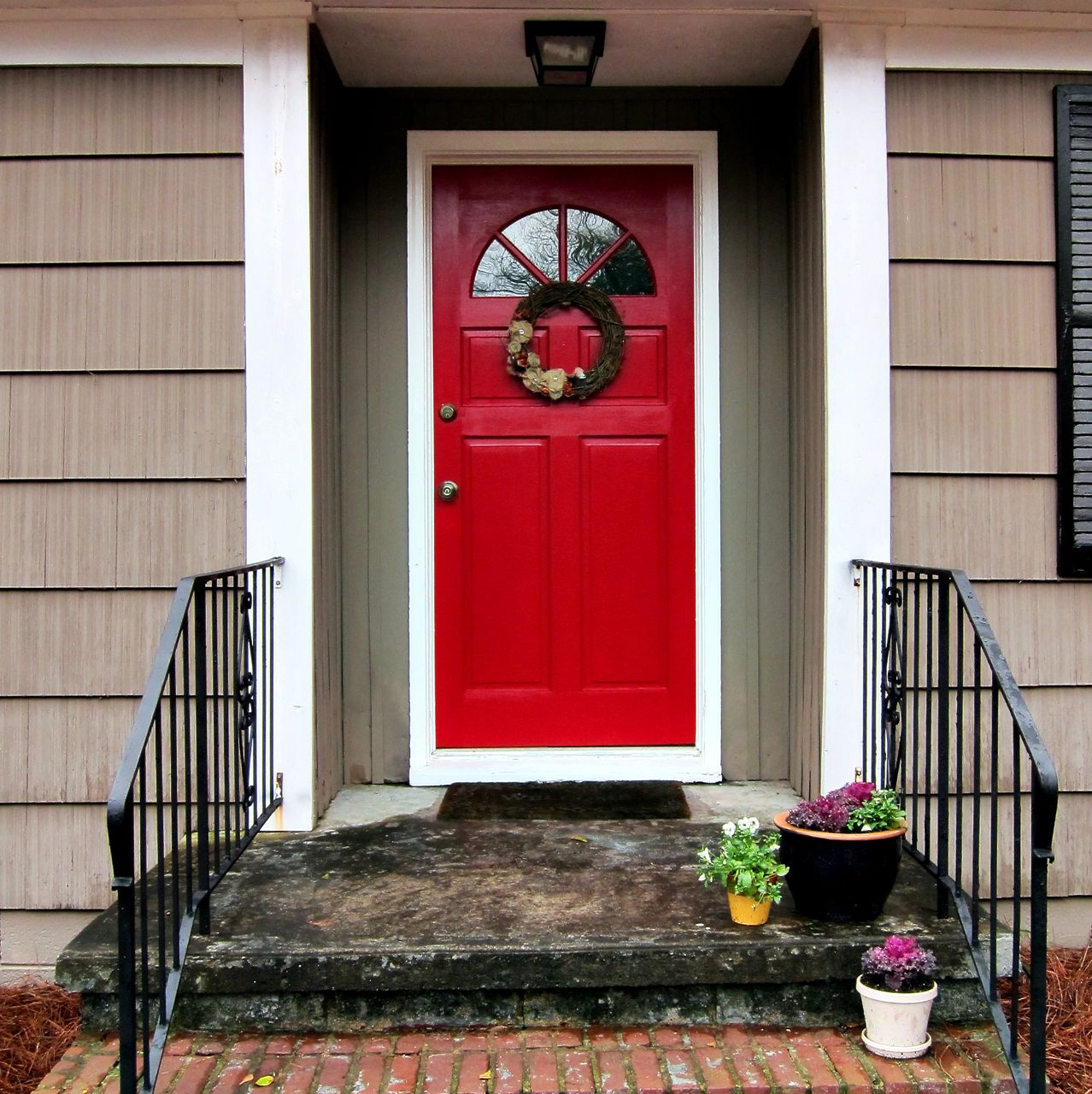Red Front Doors For Homes Examples, Ideas & Pictures | megarct.com ...