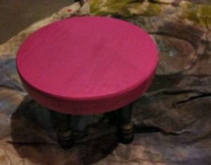 paint wood stool