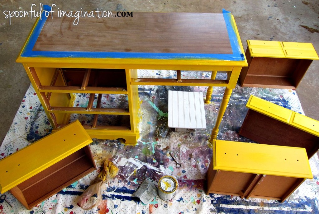 painting a wood desk