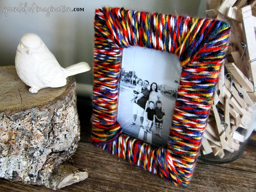 colorful_yarn_picture_frame