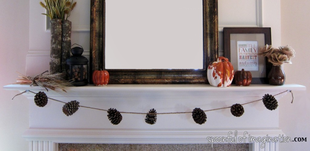 fall_decorated_mantel
