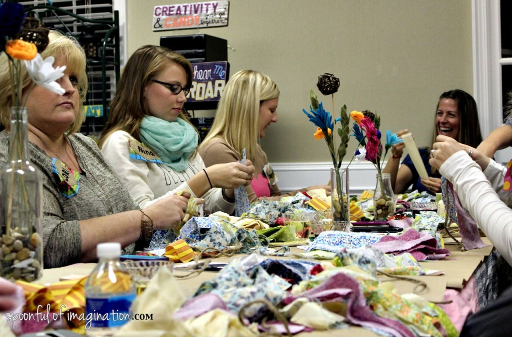 making_fabric_garland