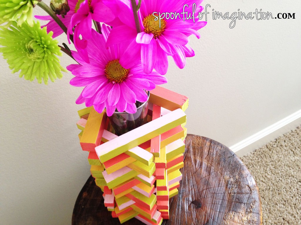 DIY Painted Wood Vase {tutorial}